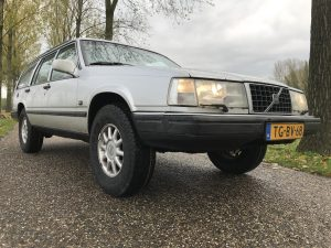 Volvo 940 Lift Kit